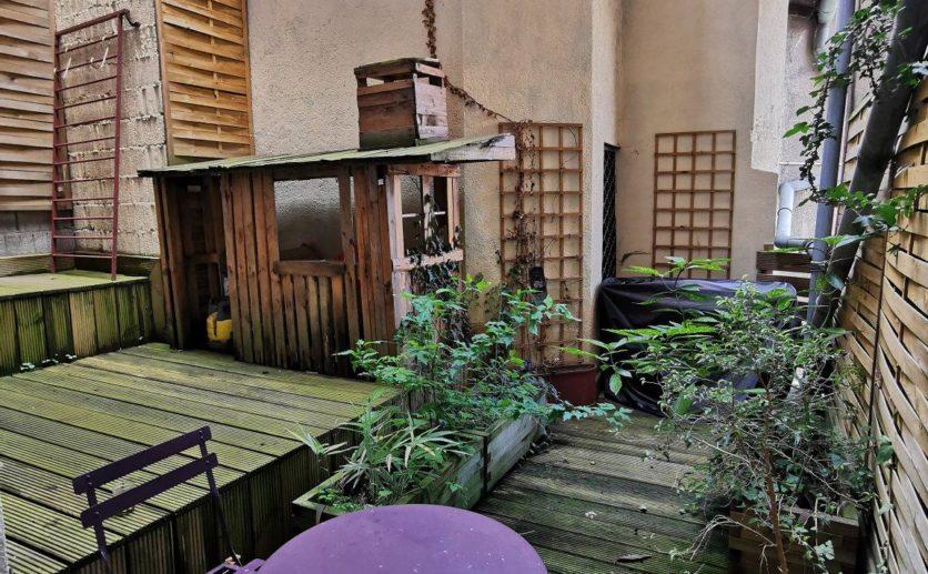 Appartement Haussmannien Belfort en plein coeur de ville au calme agrémenté de deux magnifiques terrasses